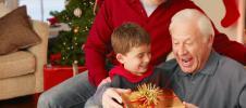 что подарить родителям на Новый год