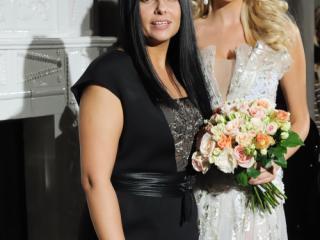 Виктория Лопырева выйдет замуж в платье от Юлии Далакян?!
